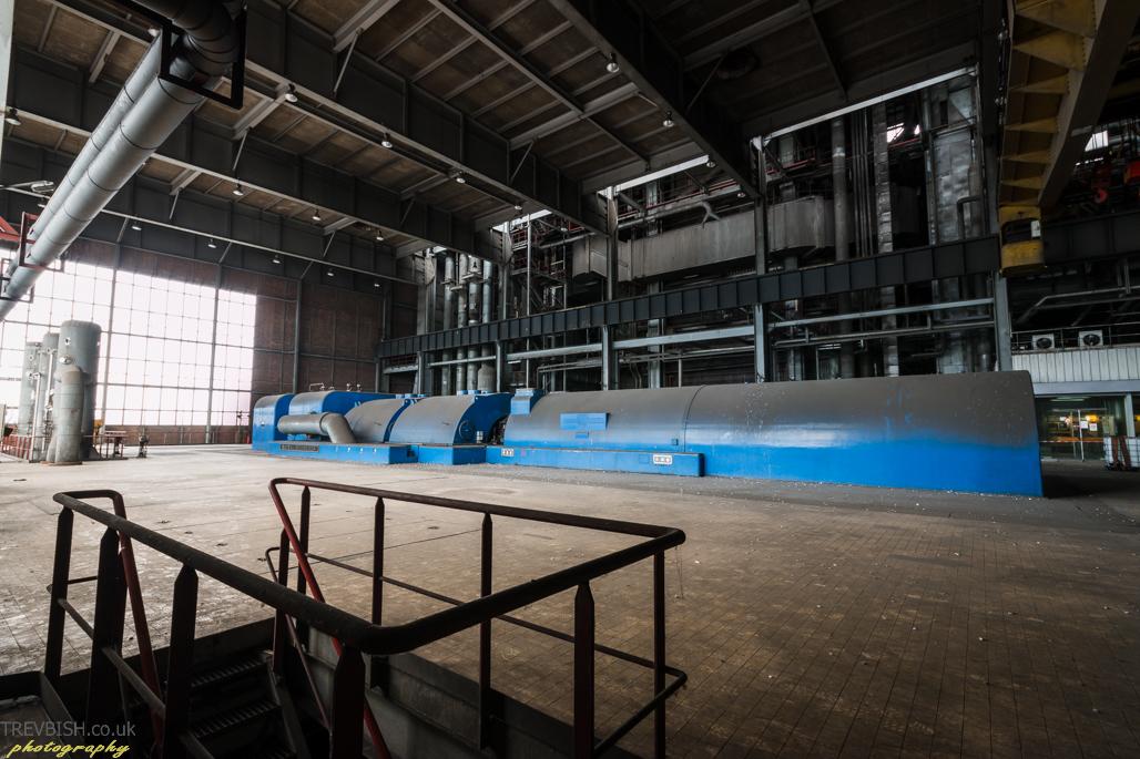 Centrale de schneider power station france trev for Buthier piscine