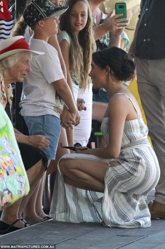 Бременната Меган направи грандиозна секси издънка, каквато принцеса Даяна извърши през 1980 г. (СНИМКИ)