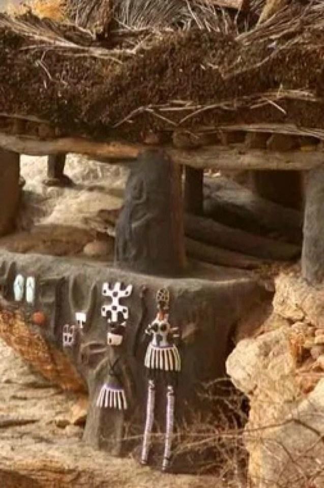 Африканското племе на догоните пази тайните на Сириус и разказва за среща с получовеци - полуриби