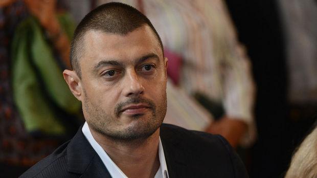 Николай Бареков изригна: Очаквам Румен Радев да не се церемони с тази паплач!