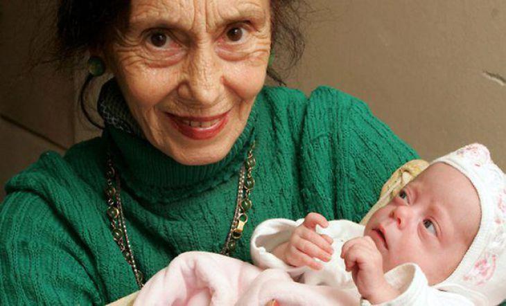 Жената която роди на 67
