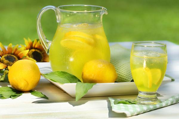 Лимонадата за отслабване на д-р Неделя Щонова