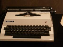 maya-angelou-typewriter-analog