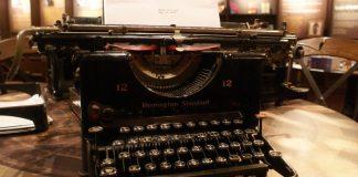 typewriter-analog