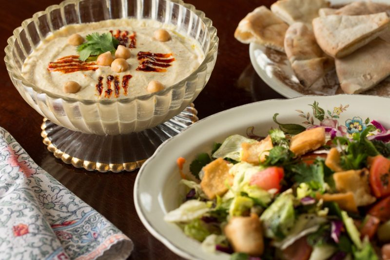 delicious-shereen-catering-food-refugee