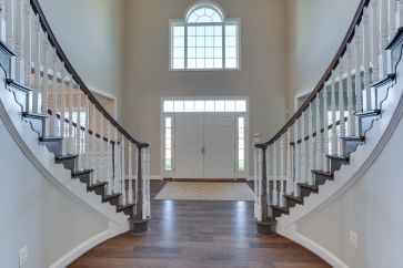 13609 Kings Isle Ct Bowie MD-print-006-040-Entryway-4200x2800-300dpi