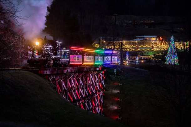 Pullen Park Christmas 2019.9 Christmas Trains In North Carolina Besides Pullen Park S