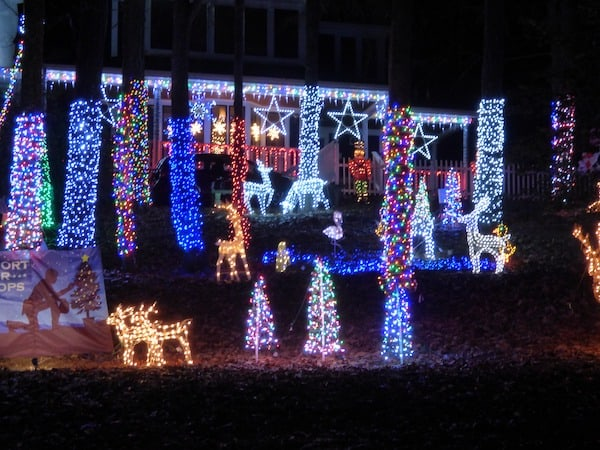 409 Holland Rd Fuquay-Varina Christmas Lights 2020 Christmas Light Displays You Don't Want to Miss in the Triangle