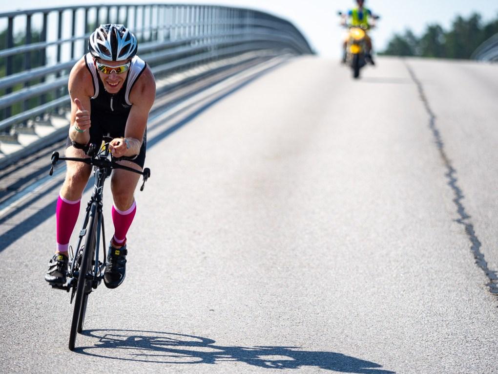 Pyöräilyä Lövön sillalla 2018