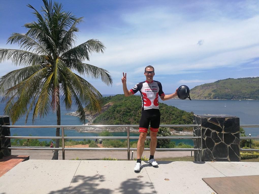 Pyöräilyä Phuketissa