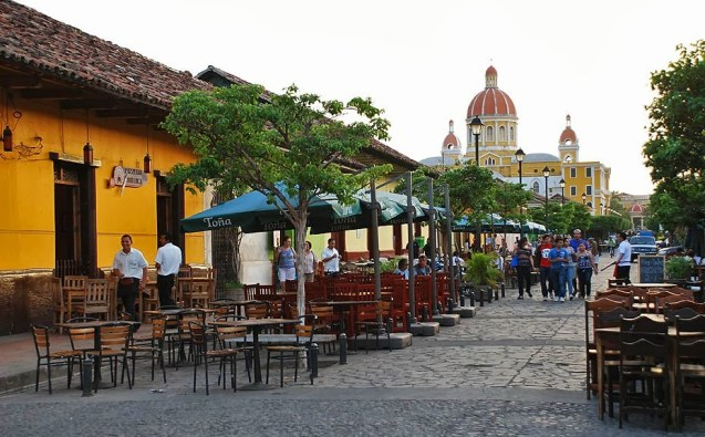 La Calzada, the center of Granada Nightlife