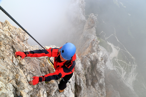 climber-dolomites The secrets behind sticking to your commitments and achieving your goals