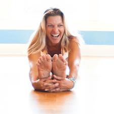 Jessica Bellofatto yoga SUP East Hampton Village, NY