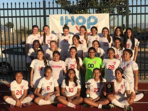 JV Girls Soccer wins League