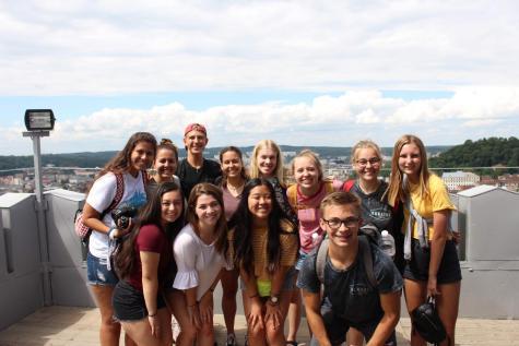 12 FUHS students travel to Ukraine