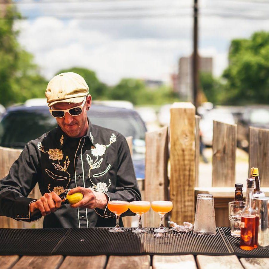 where-to-drink-in-austin-bar96