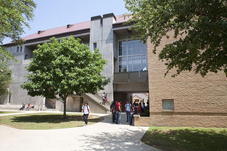 St. Edward's University Tribeza