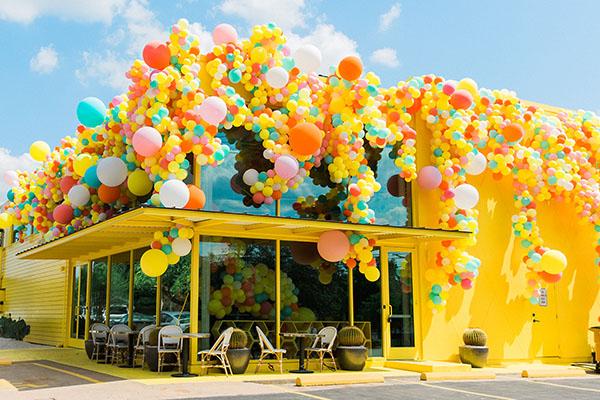 wendee sawran botanical #9 bumble austin balloon event design floral