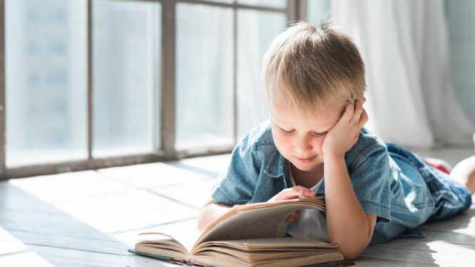 leitura infantil, ler com as crianças, literatura infantil, pais a lerem para os filhos