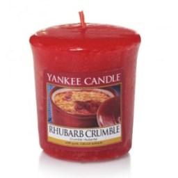 1519665e_-_rhubarb_crumble