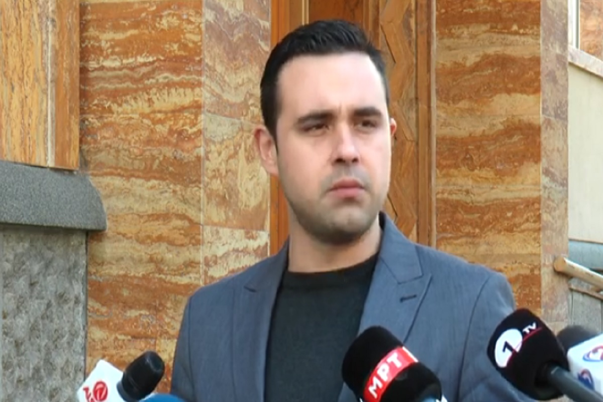 Мајката на портпаролот на СДСМ Костадин Костадинов, си даде отказ од централен Регистар
