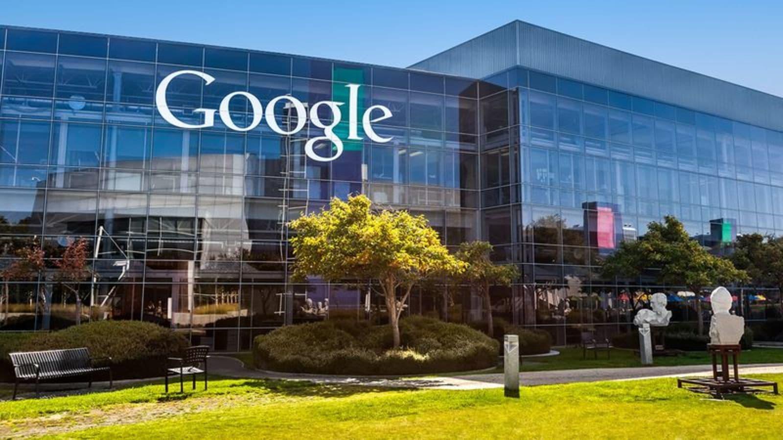 """Google are tabere de """"reeducare""""pentru angajații conservatori"""