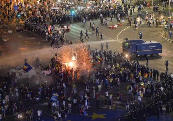 Şefii Jandarmeriei Române, puși sub urmărire penală pentru violențele din 10 august