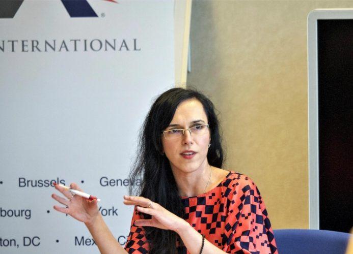 """""""Definiția clară a căsătoriei va da direcția educației în școli"""" – Adina Portaru, ADF International (Bruxelles)"""