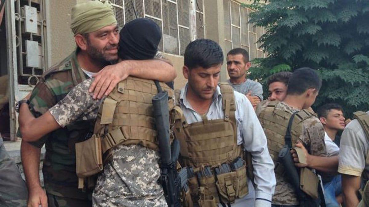 """""""Am dat camioane și muniție americană teroriștilor al-Qaeda"""""""