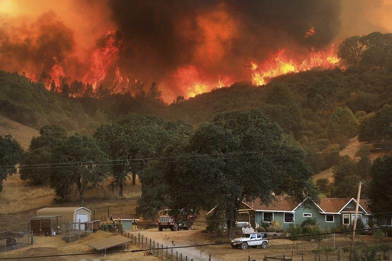 Nu blamați schimbările climatice pentru incendiile din California