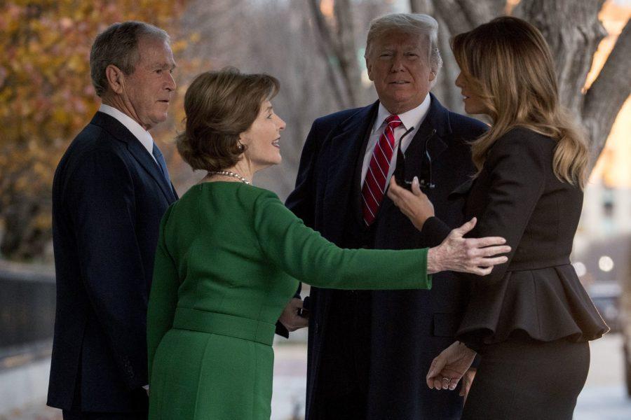 Laura Bush, impresionată de invitația Melaniei Trump la Casa Albă adresată familiei Bush