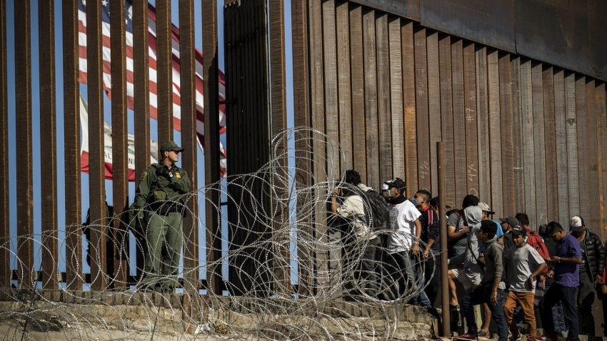 Granițele fără legi reprezintă o criză umanitară