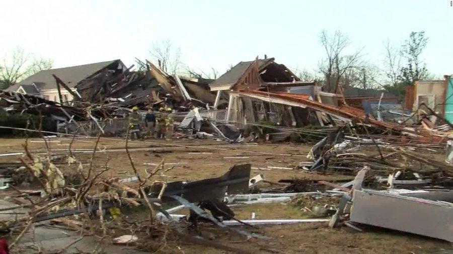 23 de morți în urma tornadelor din Alabama