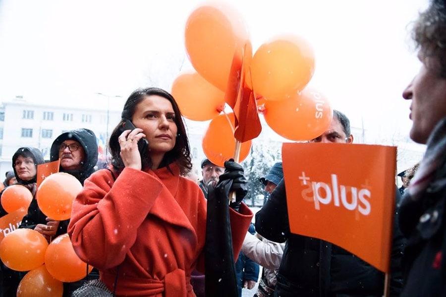 Oana Bogdan, de la partidul PLUS+, nu vrea să impună colectivizarea cu forța, ci să se realizeze de bună voie