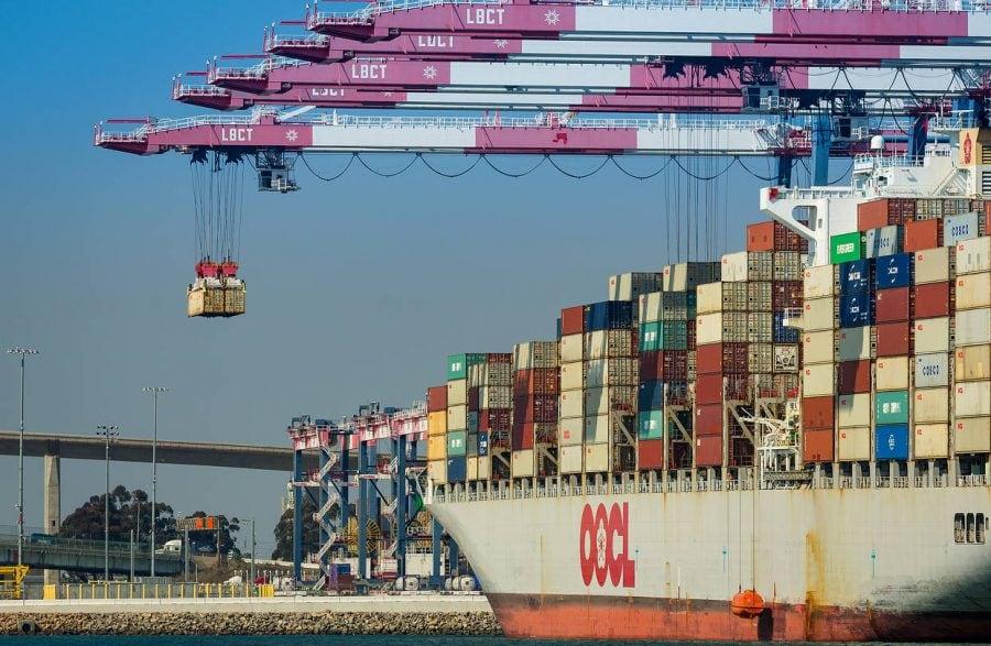 Administrația Trump forțează China să vândă portul Long Beach