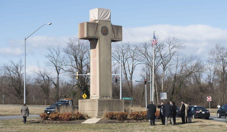 Curtea Supremă menține o cruce memorială în spațiul public