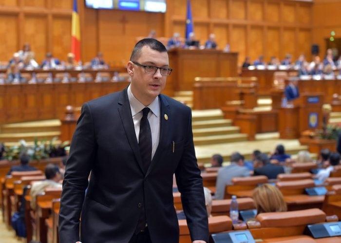 Nu, domnule Raeţchi, rezultatul votului la alegerile europarlamentare nu legitimează implementarea unui parteneriat civil care copiază căsătoria