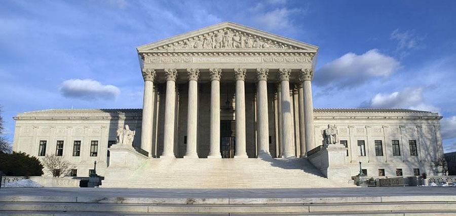 Tot ce trebuie să știi despre cazul transgender de la Curtea Supremă
