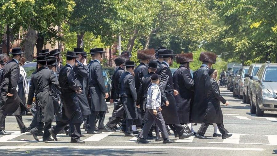 Statul New York vrea să-și impună valorile imorale asupra școlilor religioase private