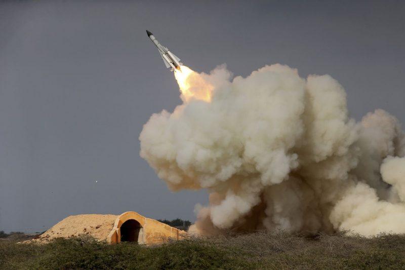 Iranul a lovit baze militare din Irak unde staţionează soldaţi americani
