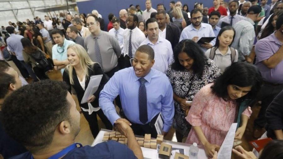 Economia adaugă 273.000 de locuri de muncă în februarie, în ciuda îngrijorărilor coronavirusului