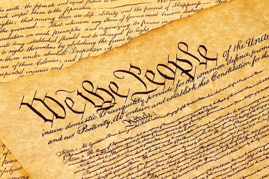 De ce Statele Unite ale Americii este o republică federală constituțională și nu o democrație?
