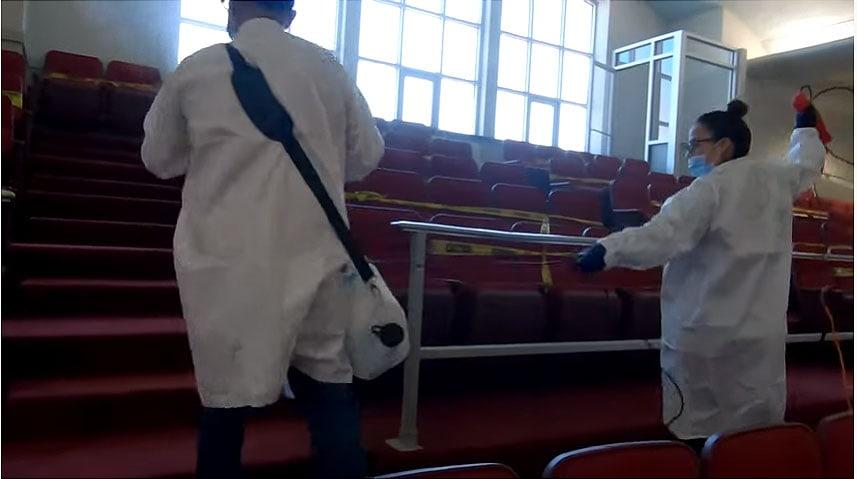 Biserica Elim din Chicago este pregătită să-și deschidă ușile în câteva ore (VIDEO)