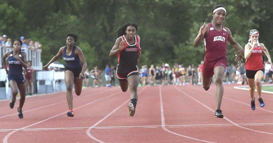 Departamentul Educației: Băieții care se cred fete nu pot concura în sporturile feminine din Connecticut