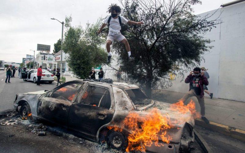 Haos, anarhie, victime – ce se întâmplă în SUA?