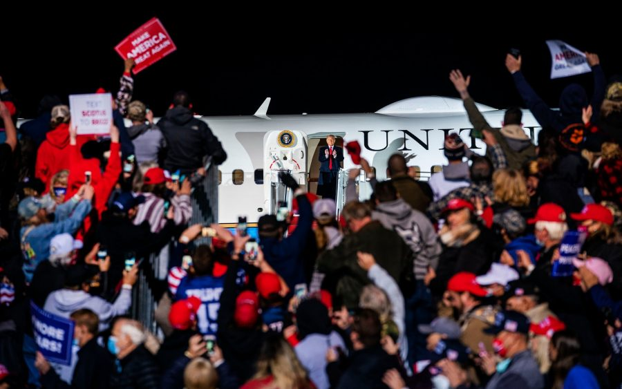 Dr. Anthony S. Fauci: Donald Trump este vindecat de COVID și nu prezintă un risc pentru alții