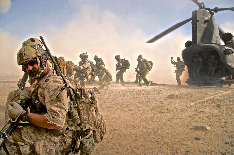 Operațiune specială Navy SEAL: Un american a fost salvat din Nigeria