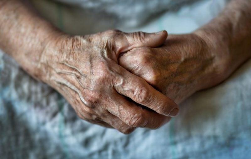 Opinie: Cinstim generația în vârstă