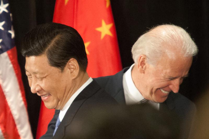 Joe Biden justifică măcelul comuniştilor chinezi împotriva uigurilor: nu ar fi genocid, ci norme culturale diferite