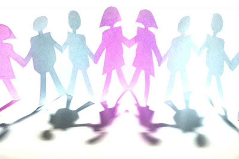 Raport ONU: Părinții blochează libertatea sexuală a copiilor